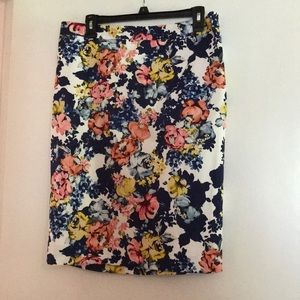 Floral skirt, size 14, new with tags!